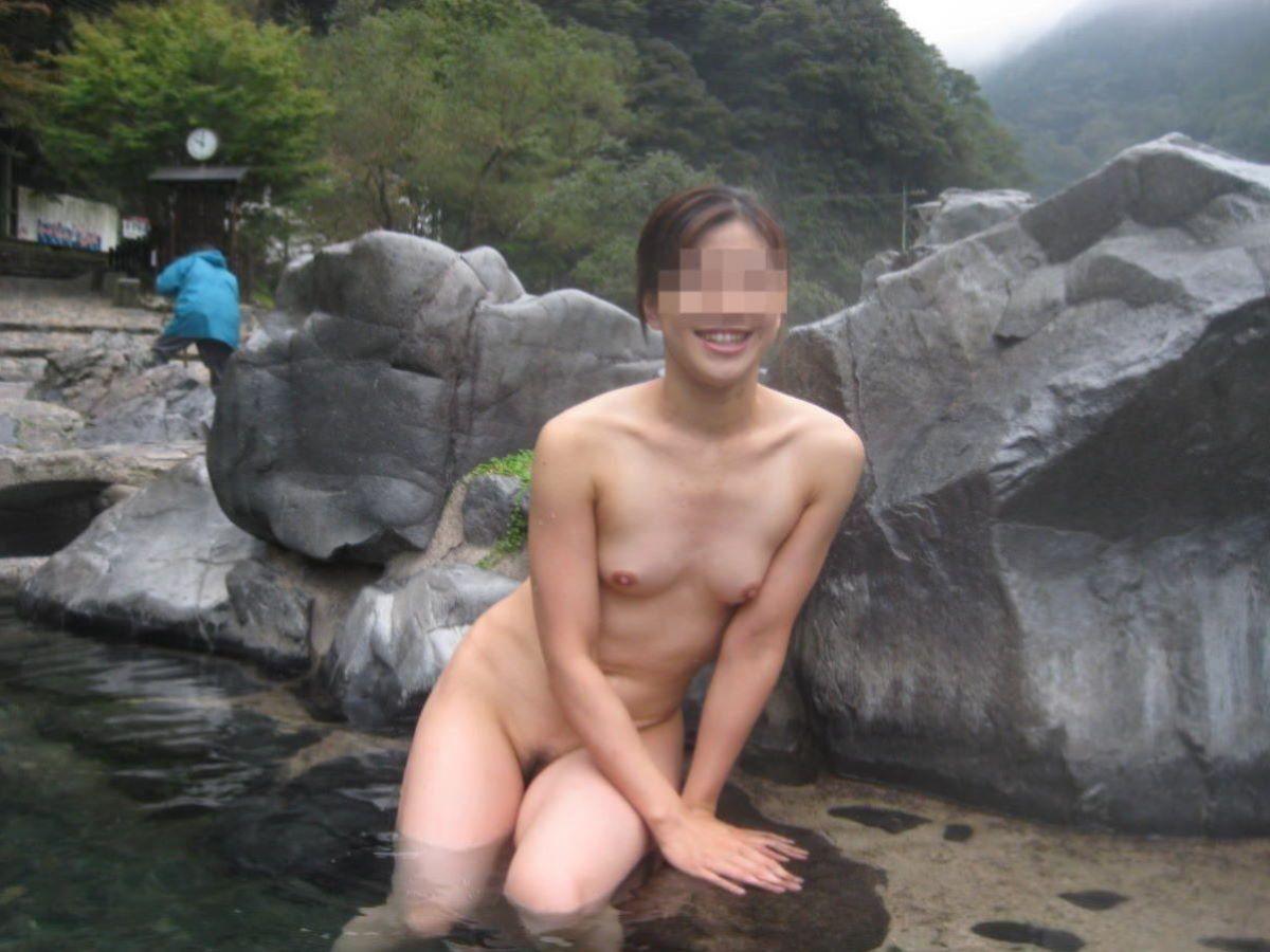 露天風呂ヌード画像!!全裸入浴を記念撮影した150枚
