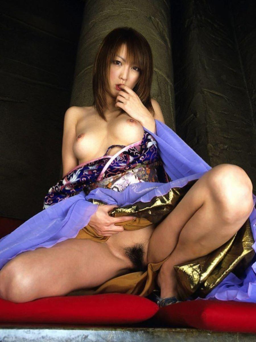 着物や浴衣の和服ヌード画像 29