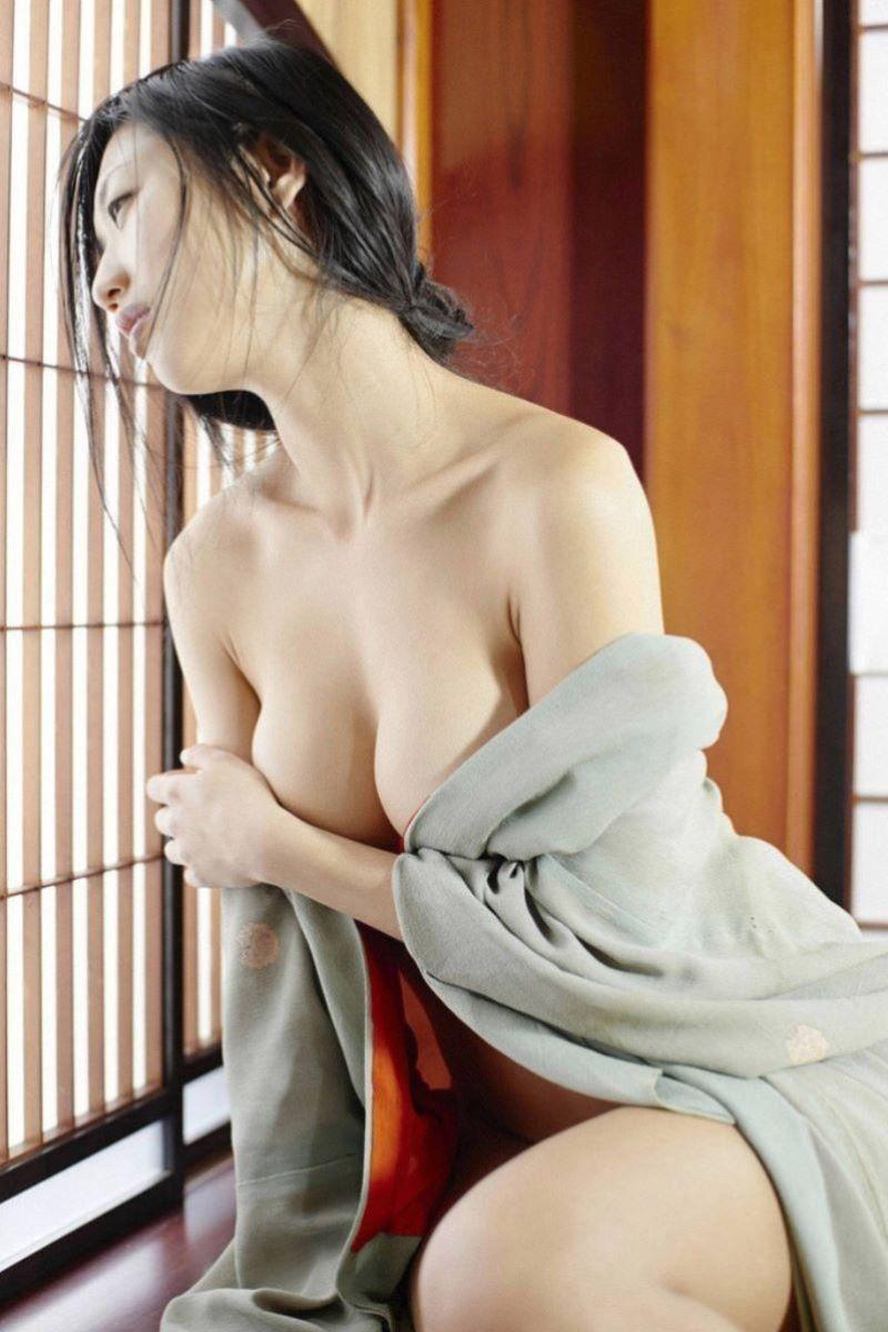 着物や浴衣の和服ヌード画像 39