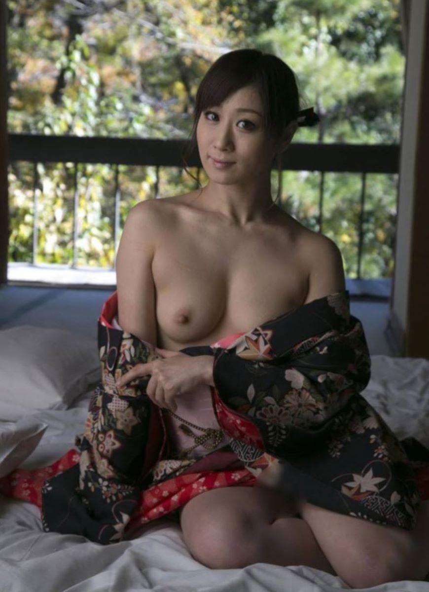 着物や浴衣の和服ヌード画像 46