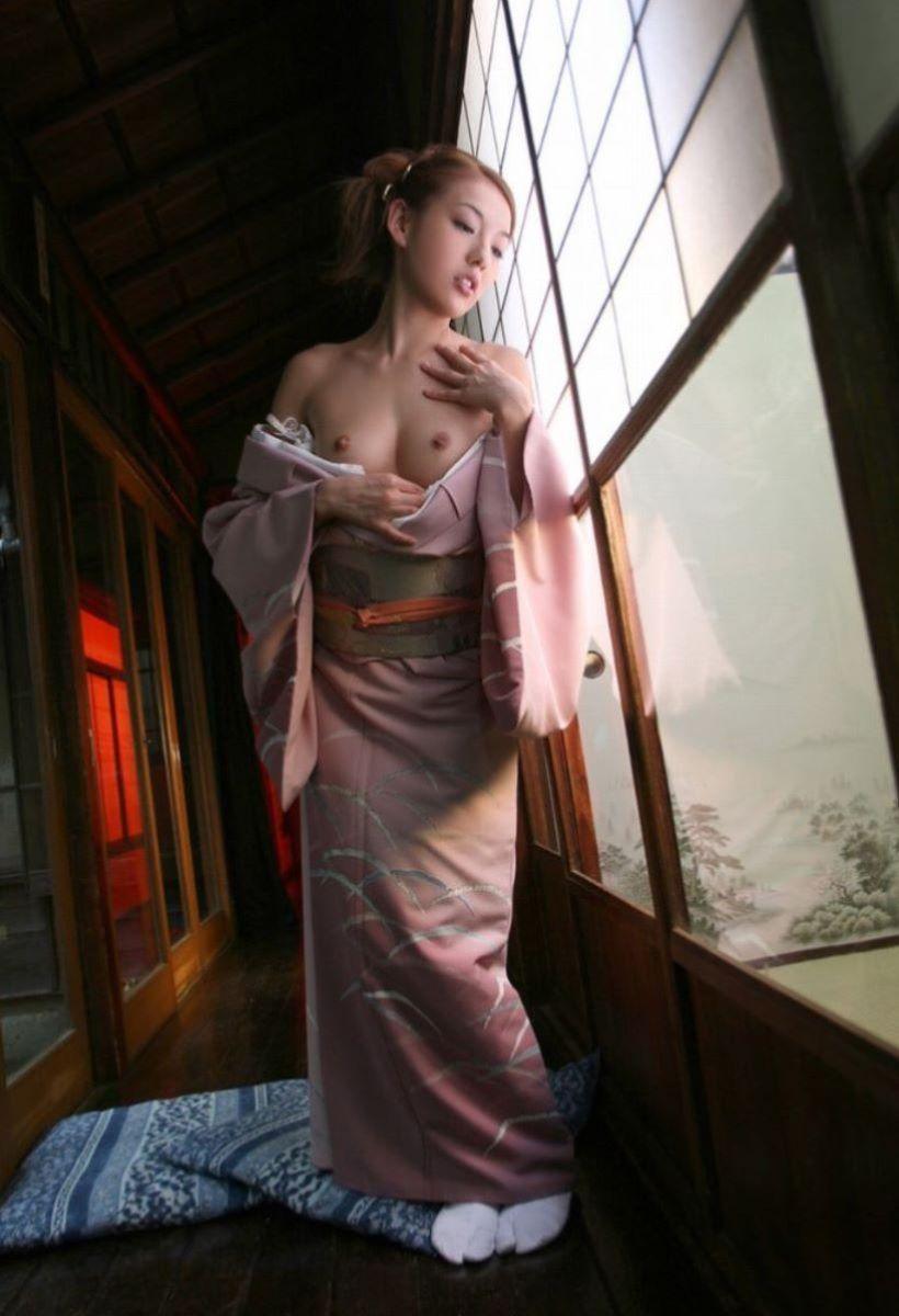 着物や浴衣の和服ヌード画像 81