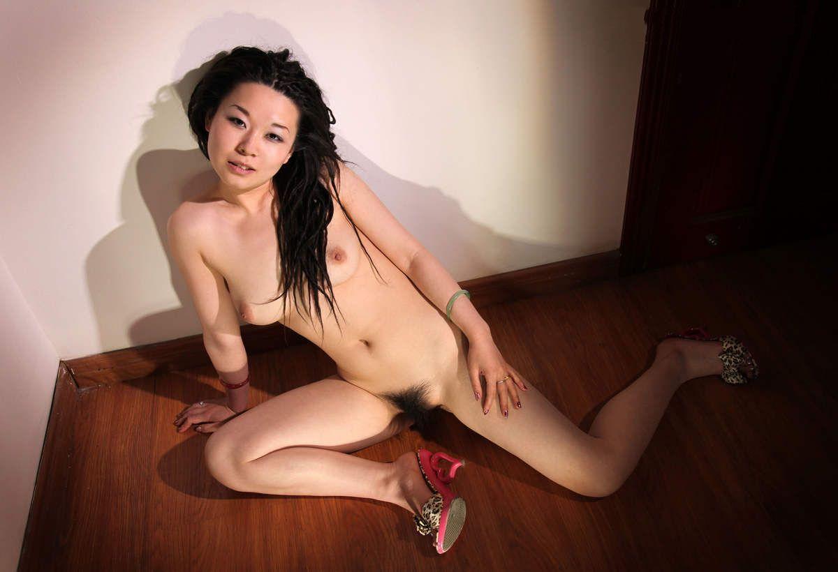 台湾美女のヌード画像 37