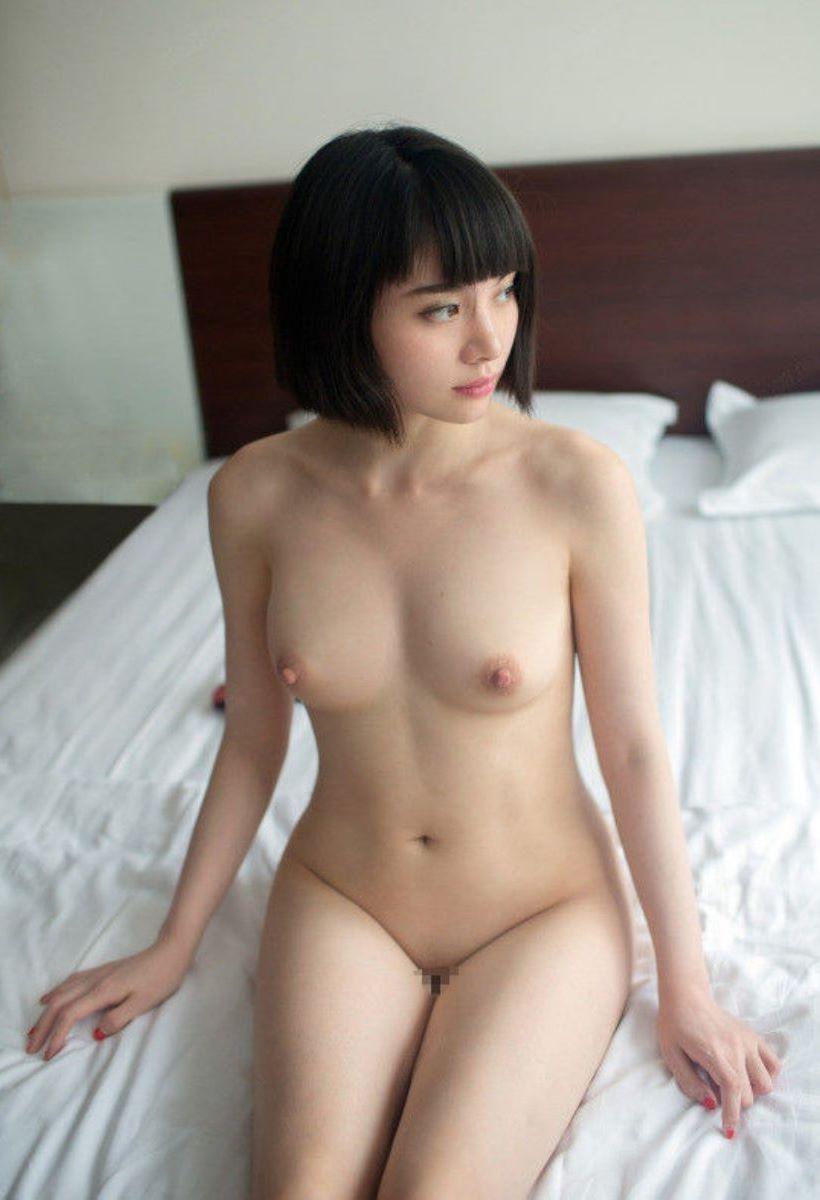 台湾美女のヌード画像 87