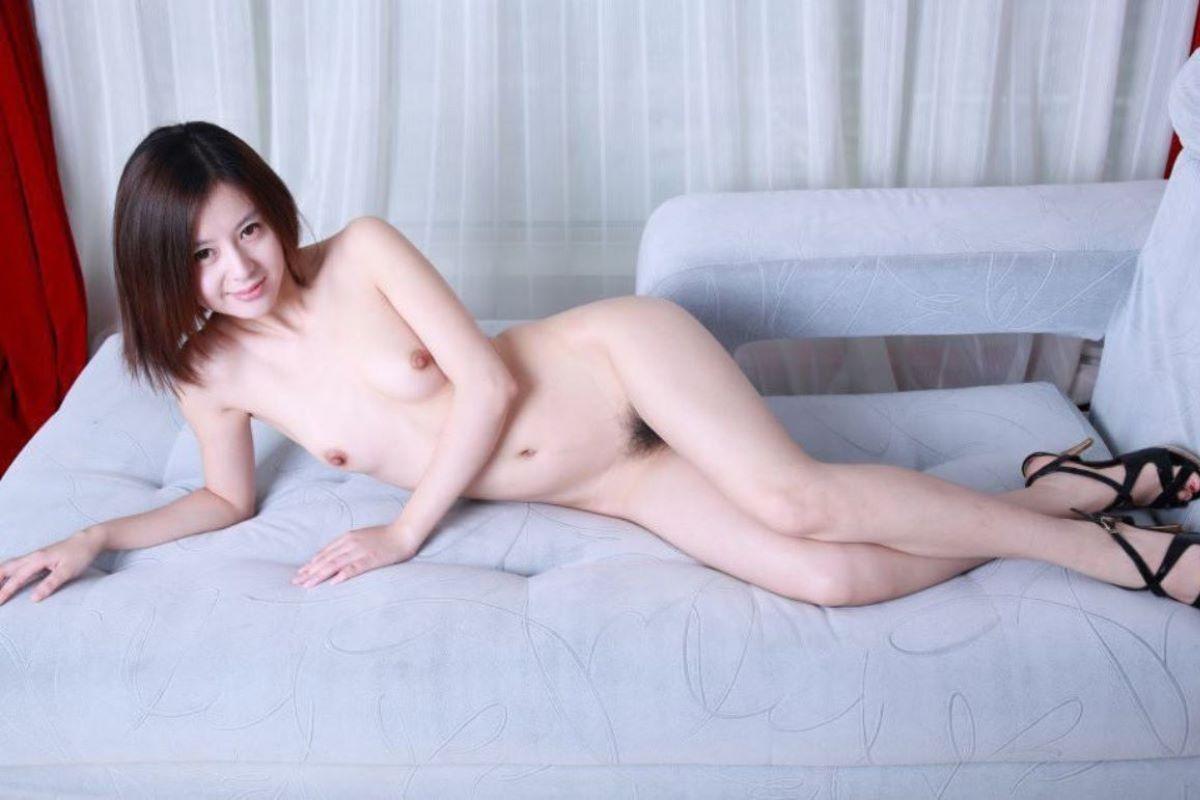 台湾美女のヌード画像 96