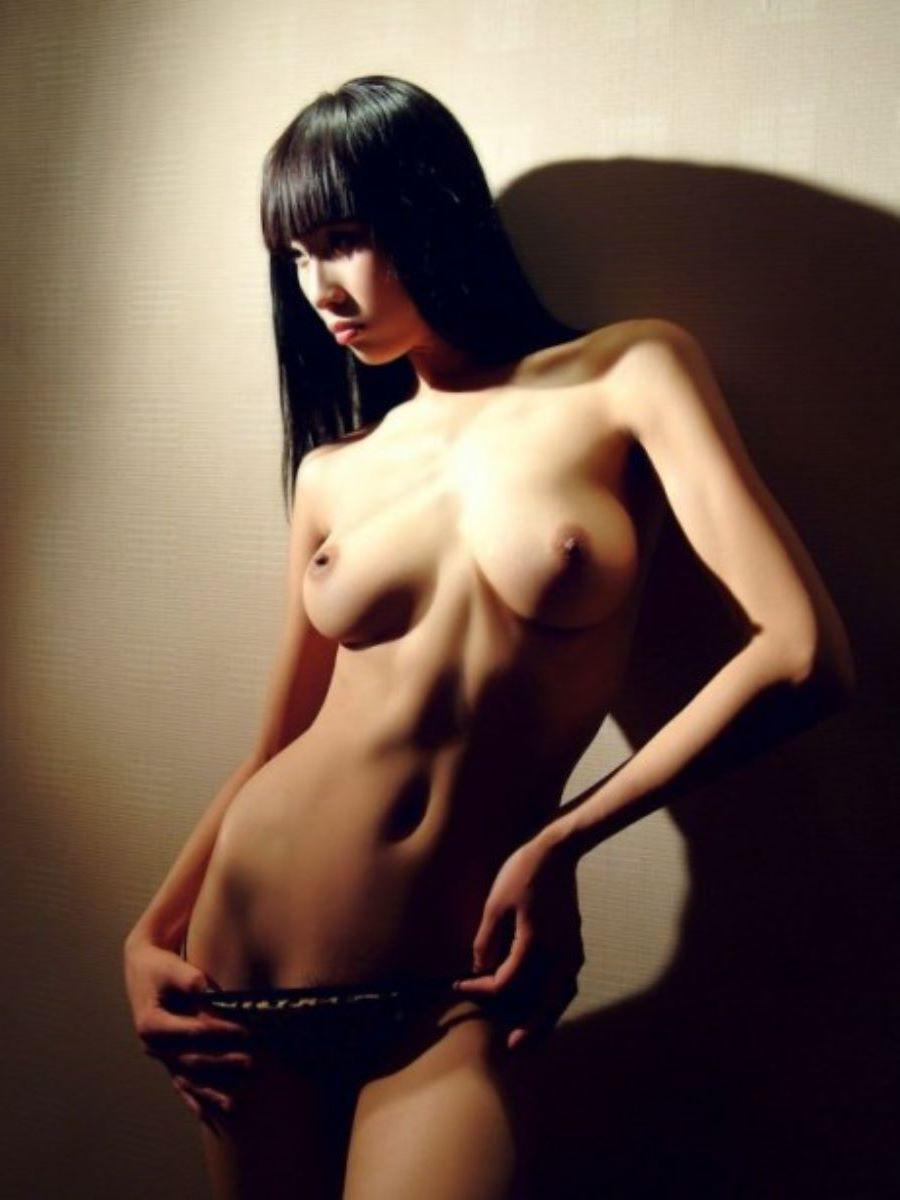 台湾美女のヌード画像 112