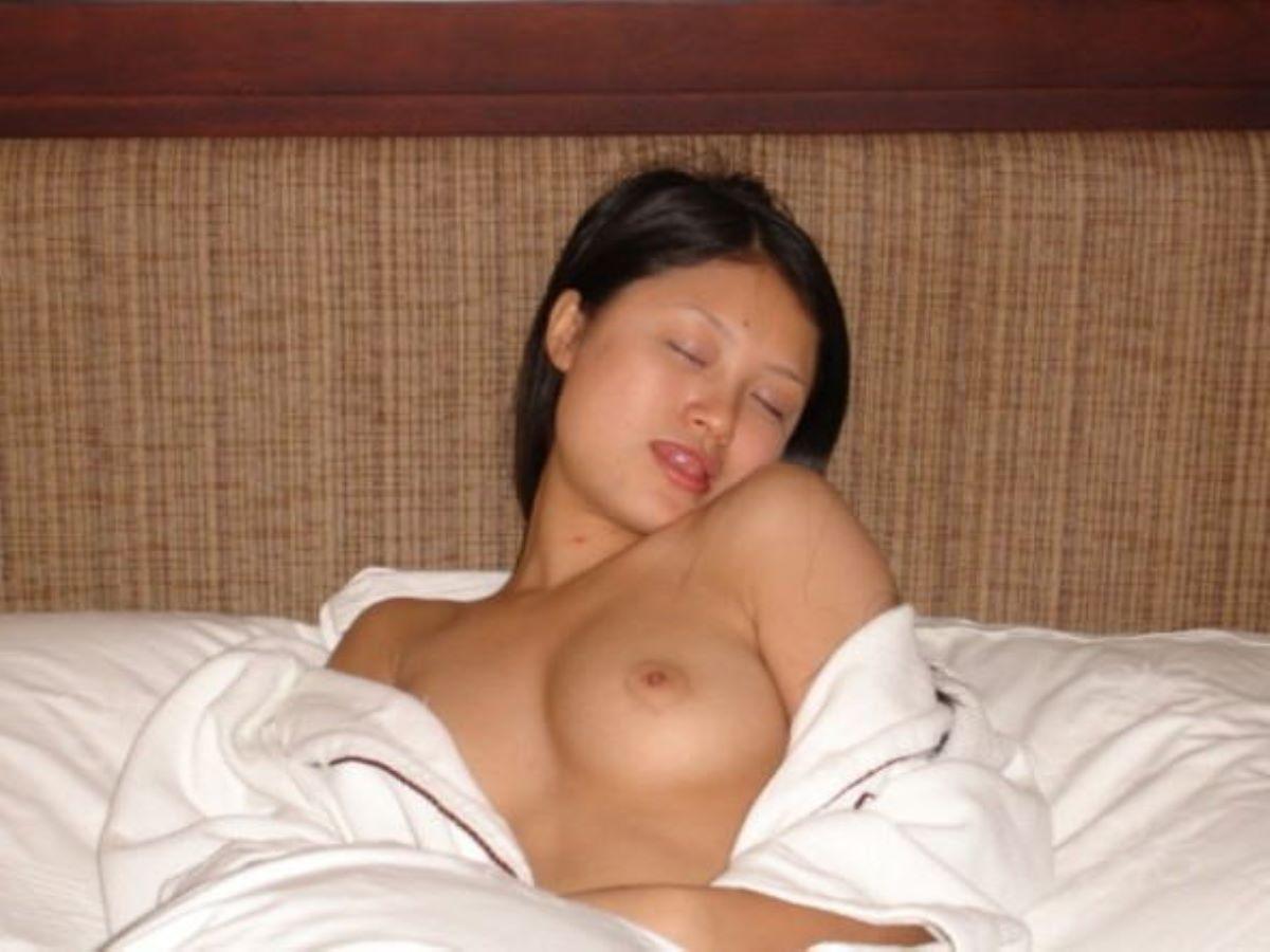 台湾美女のヌード画像 121
