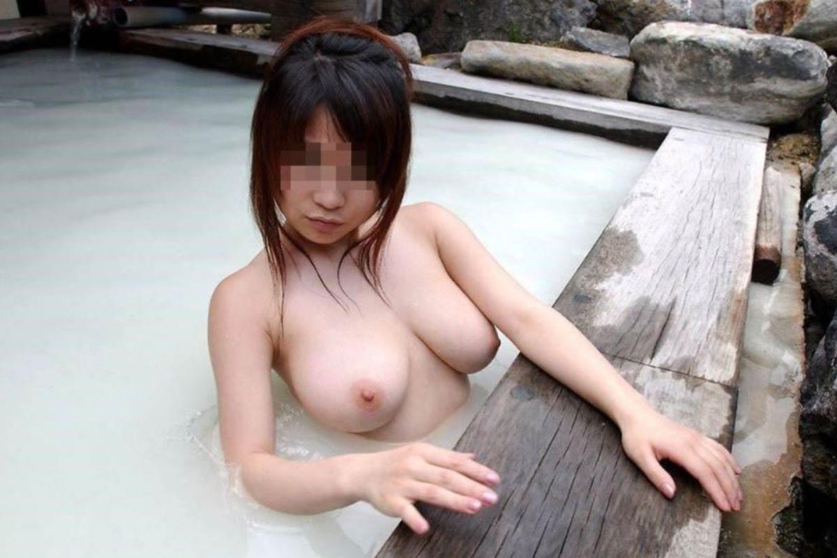 入浴 ヌード画像 25