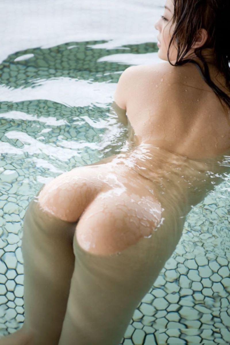 入浴 ヌード画像 29
