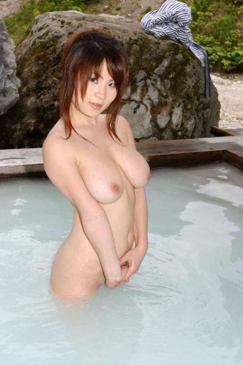 入浴 ヌード画像 34