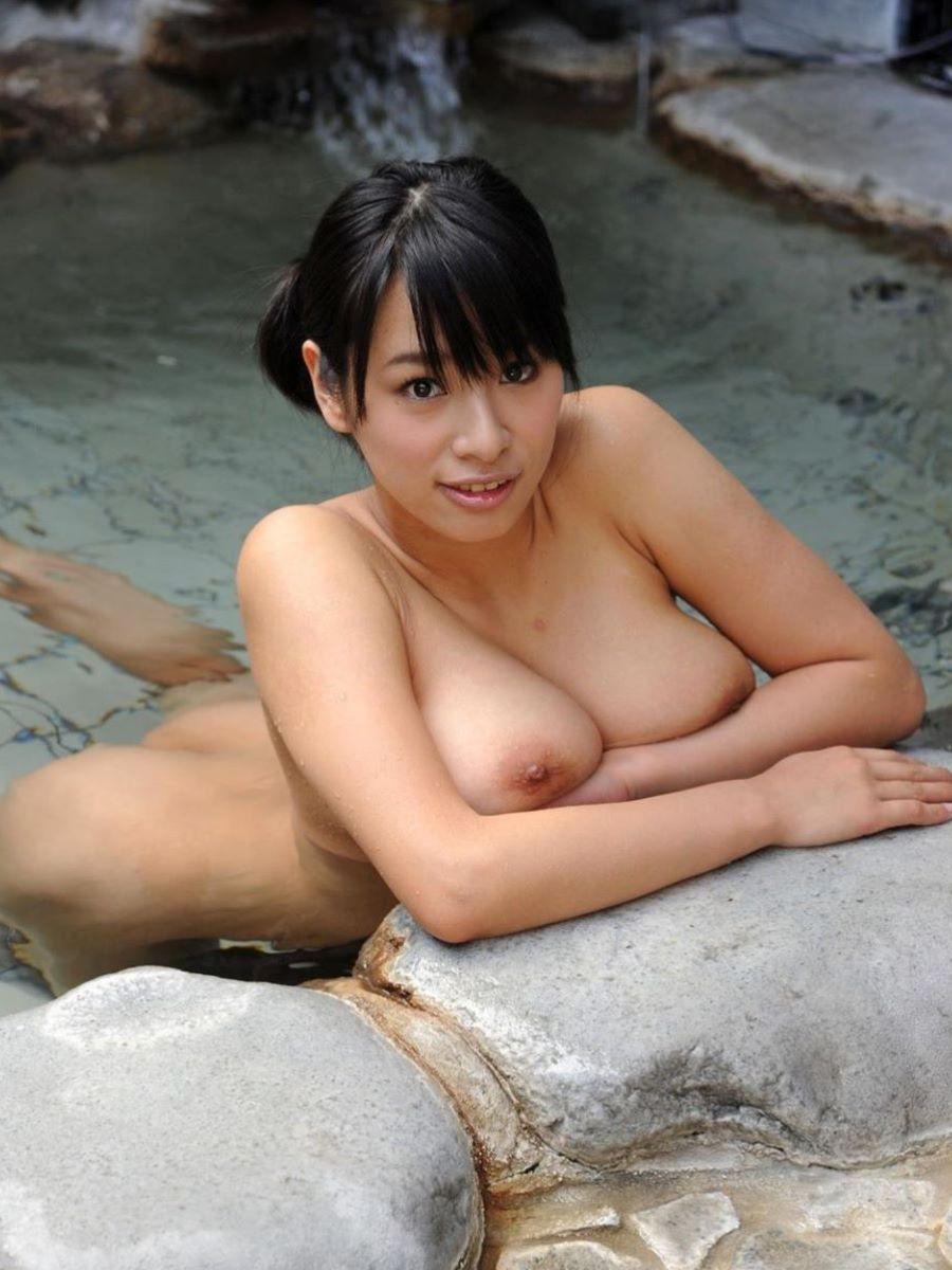 入浴 ヌード画像 68