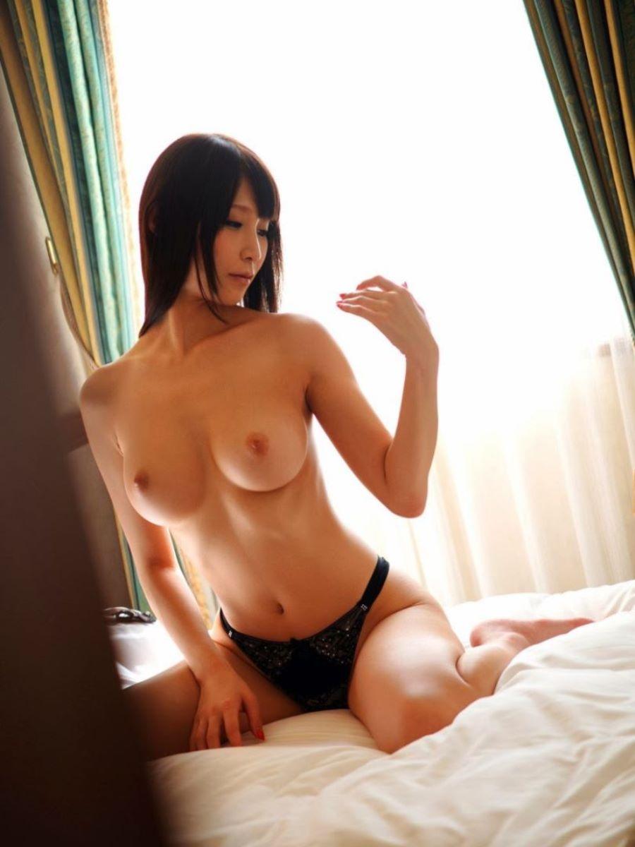 巨乳 ヌード画像 119