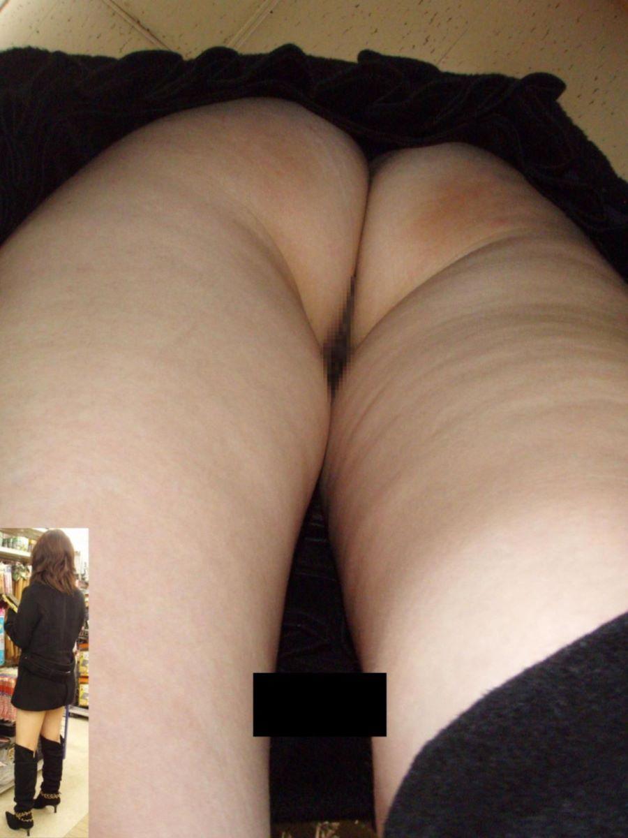 逆さ撮りノーパン画像 1