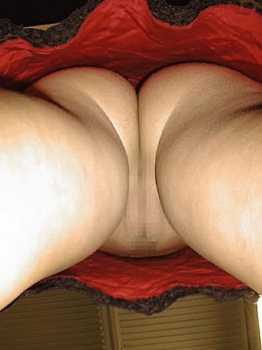 逆さ撮りノーパン画像 32
