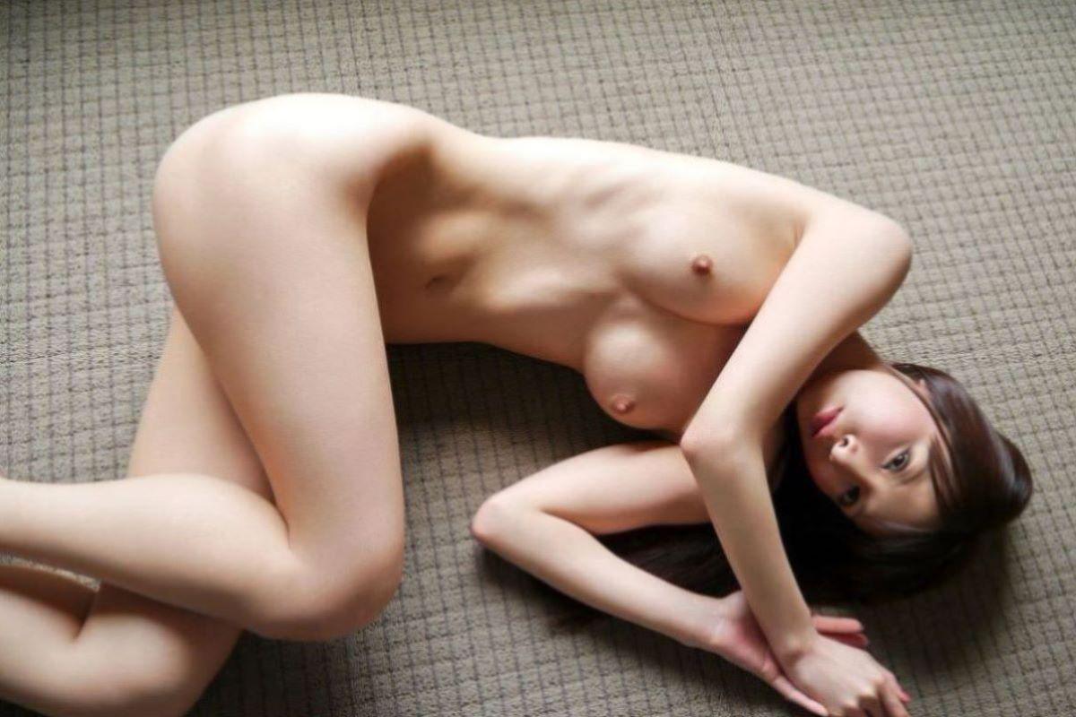 美脚 ヌード画像 48