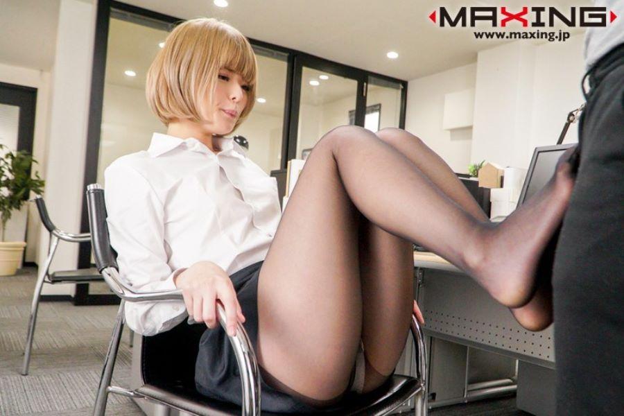 金髪美少女 月乃ルナ セックス画像 2