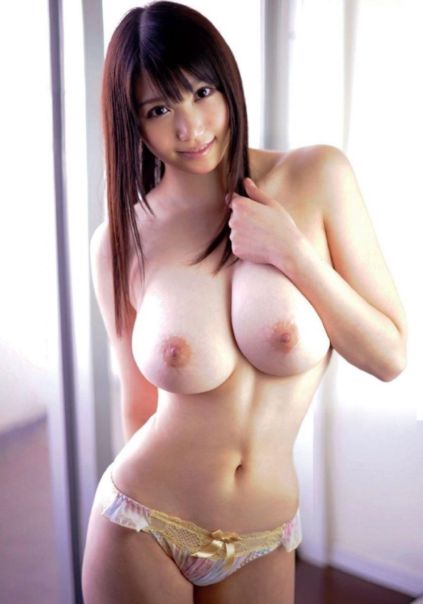 爆乳 ヌード画像 110