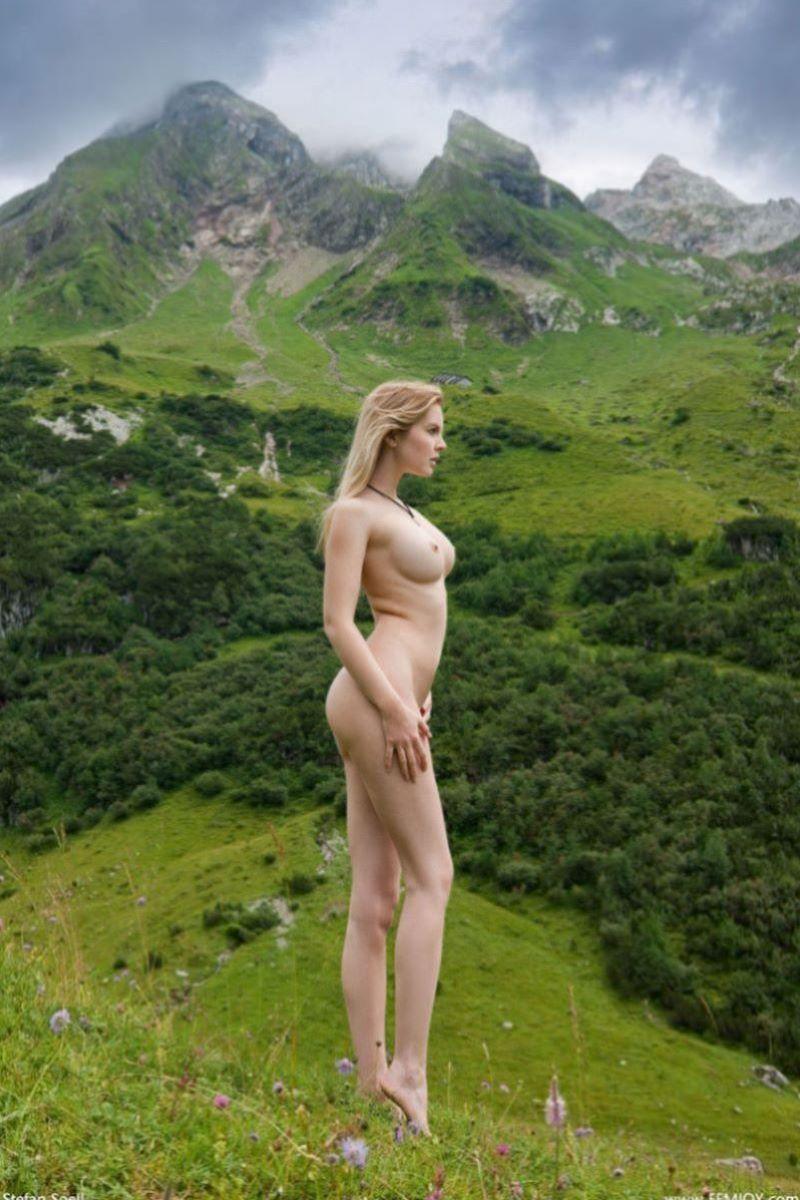 大自然の野外ヌード画像 1