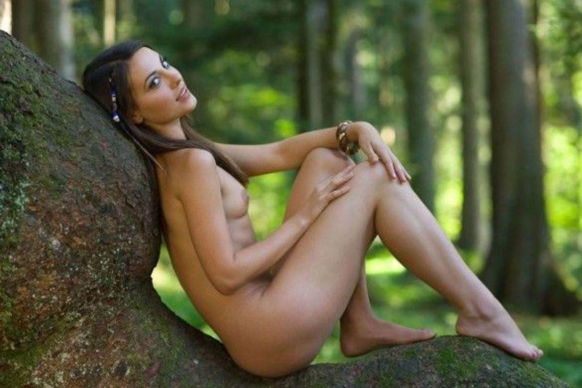 大自然の野外ヌード画像 52