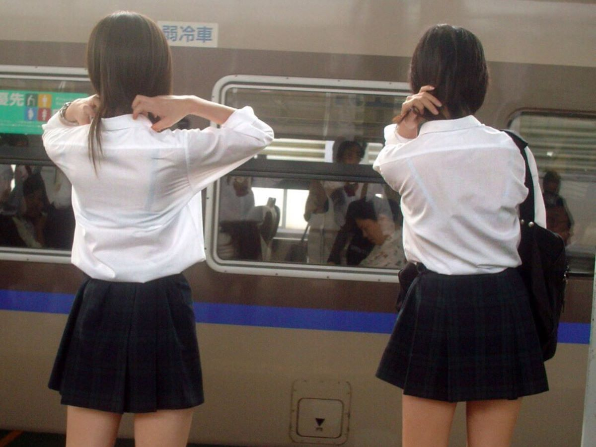 制服JK 透けブラ画像 72