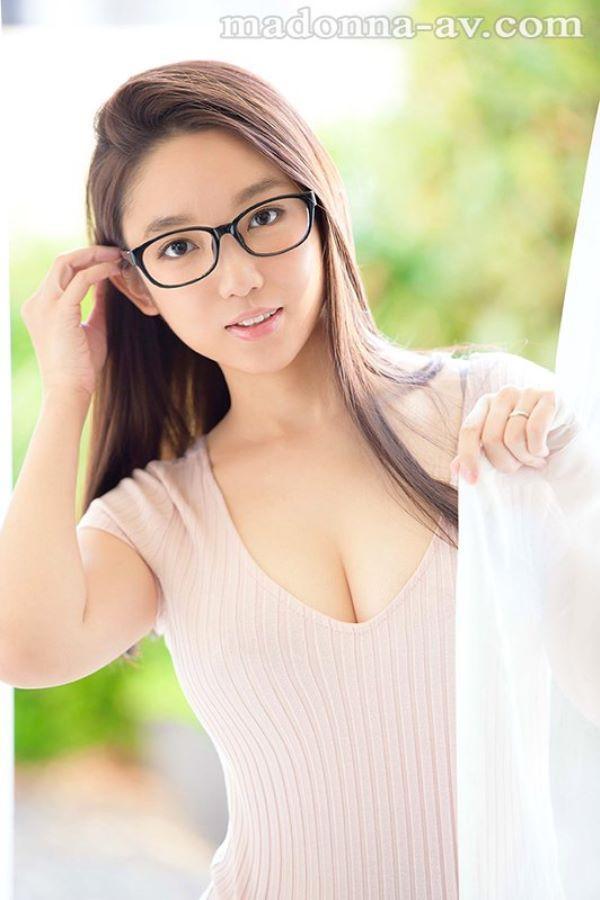 戸田美々香 やはり生々しい素人妻のセックス画像