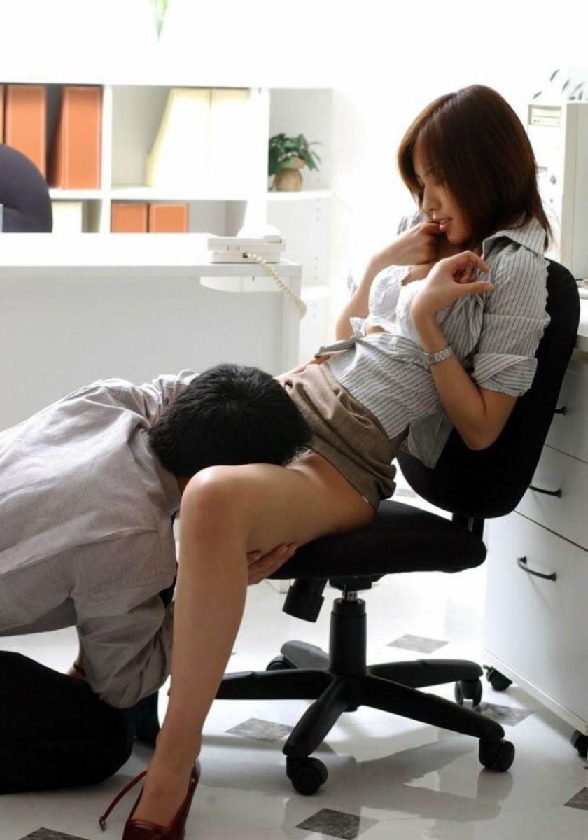 会社内セックス画像 57