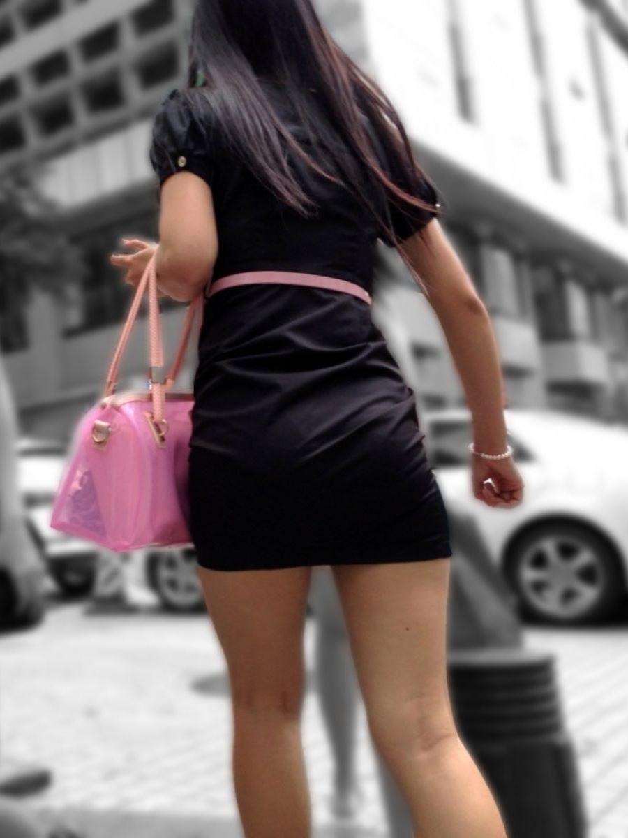 タイトなミニワンピの街撮り画像 79