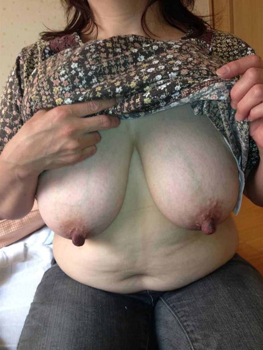 熟女の垂れ乳画像 98