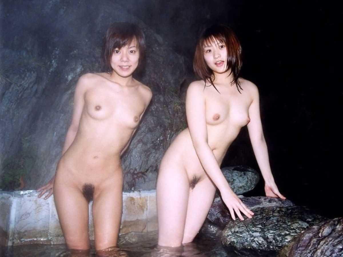 温泉や風呂場の素人おふざけ画像 27