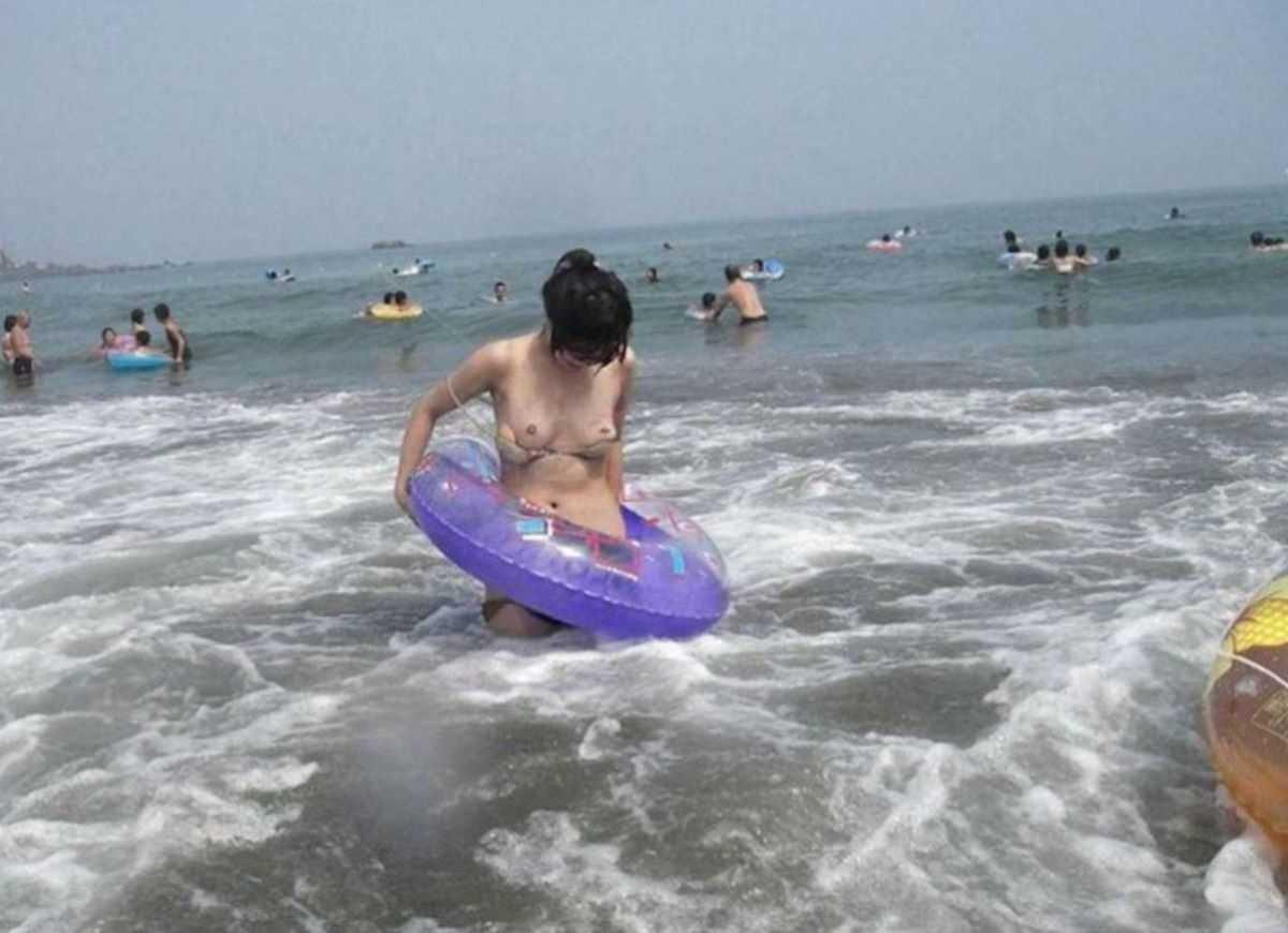 水着 ハプニング画像 29