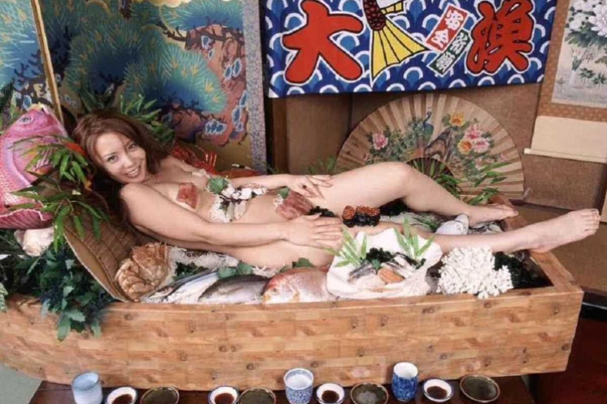 女体盛り 画像 58