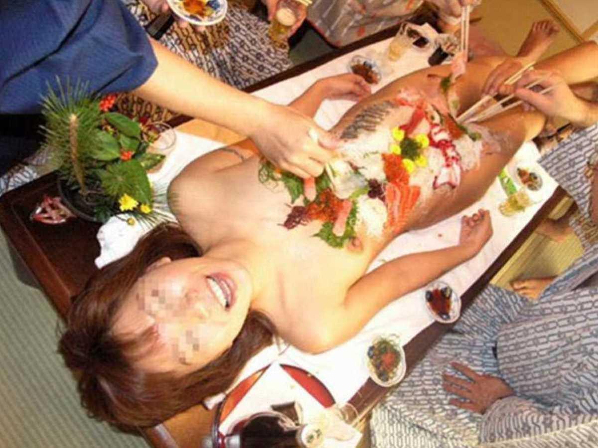 女体盛り 画像 64