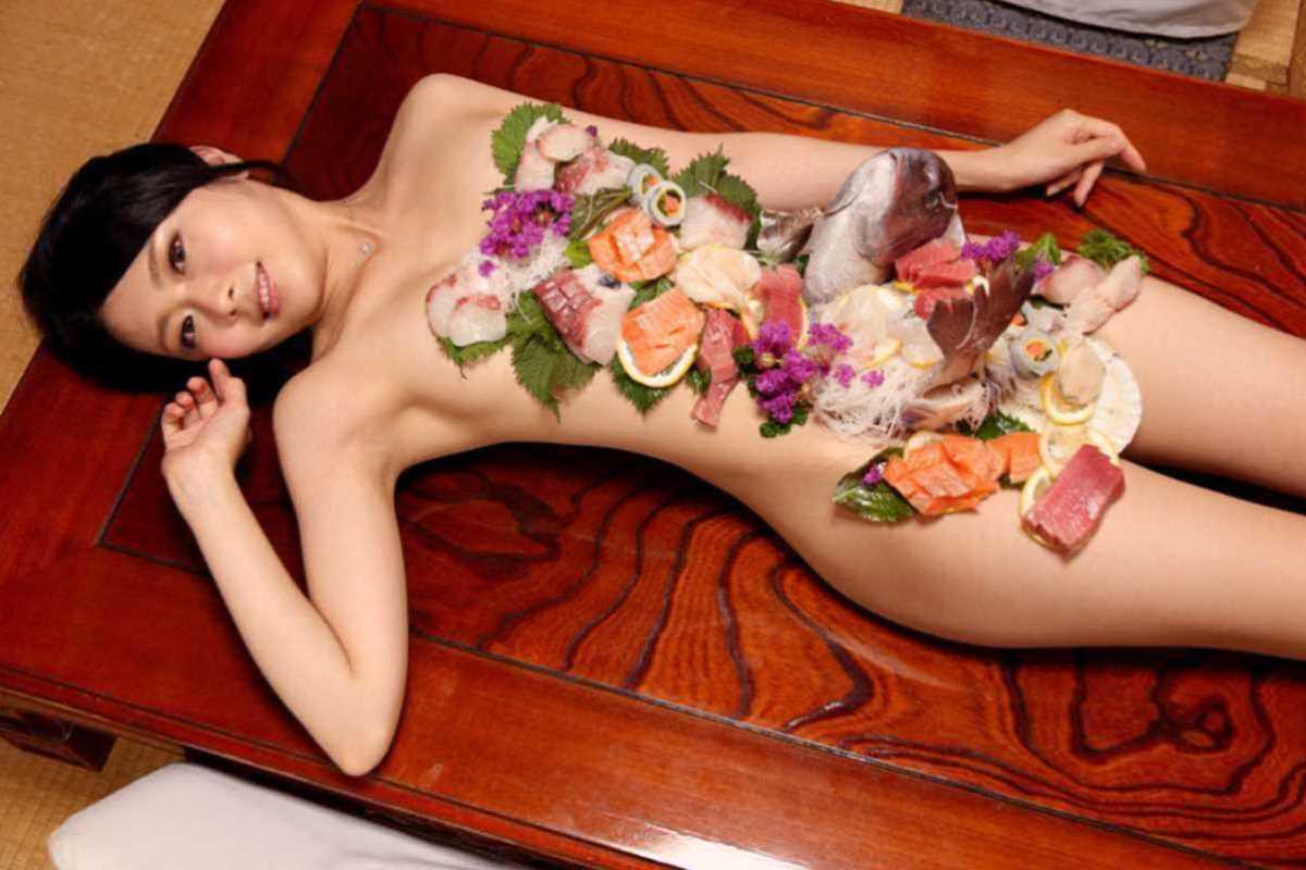 女体盛り 画像 69