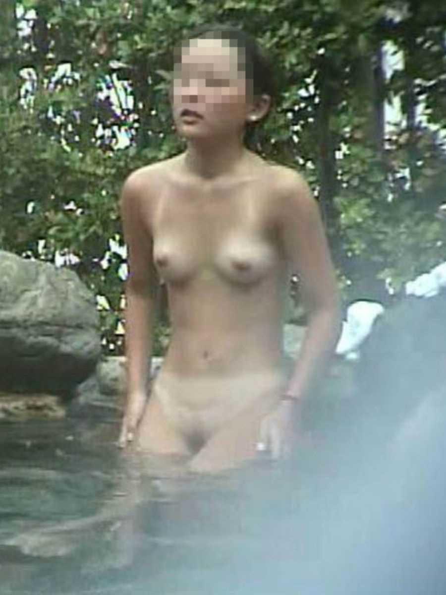露天風呂盗撮 画像 81