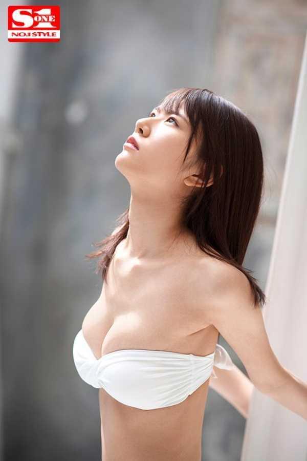 高身長 泉ゆり セックス画像 12