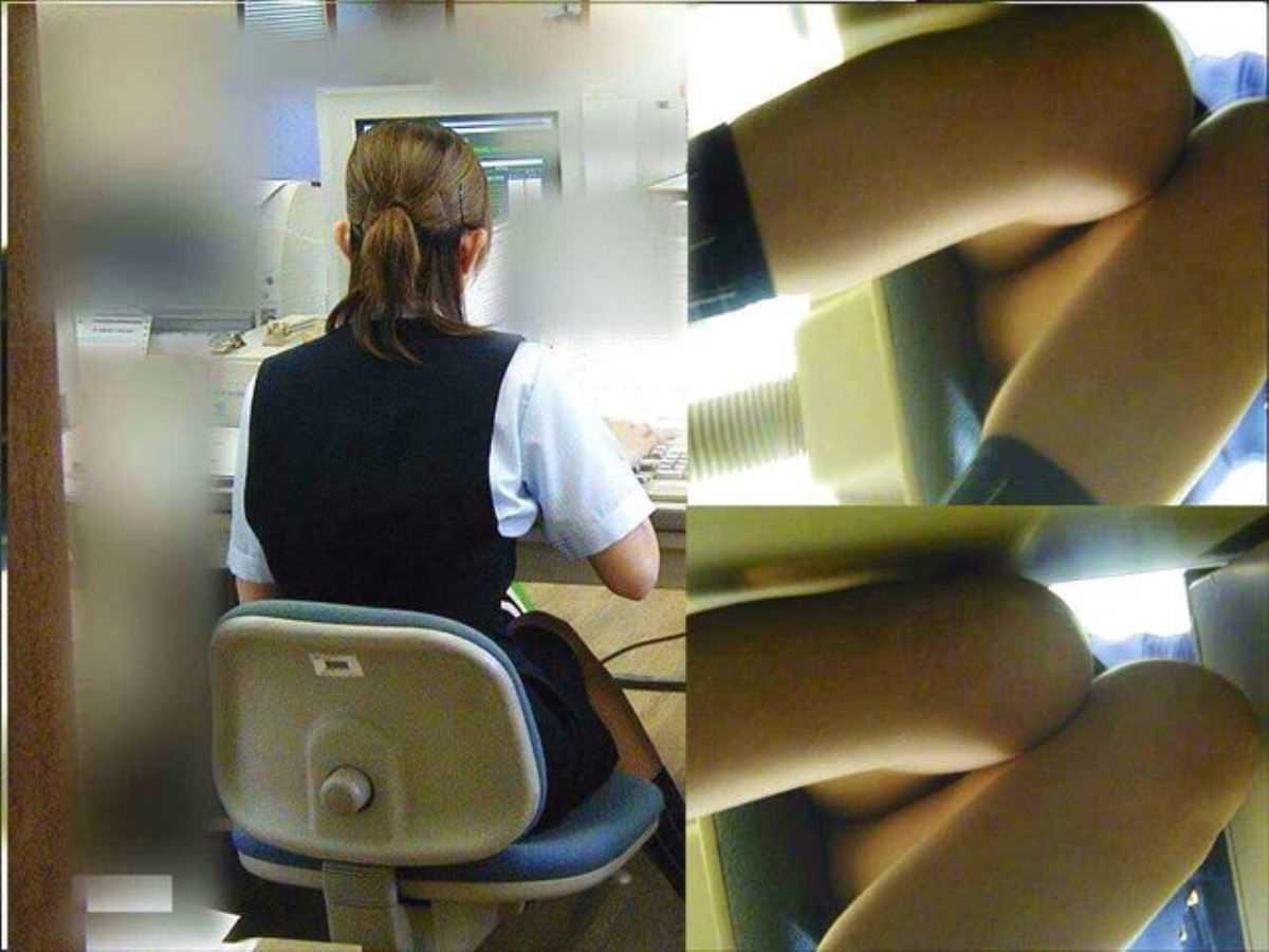 事務員など女子社員の会社内パンチラ画像 20