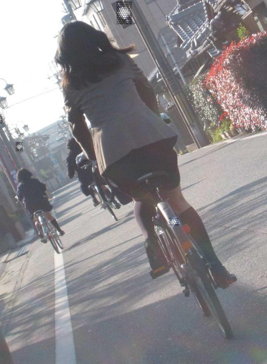 自転車OL画像 3