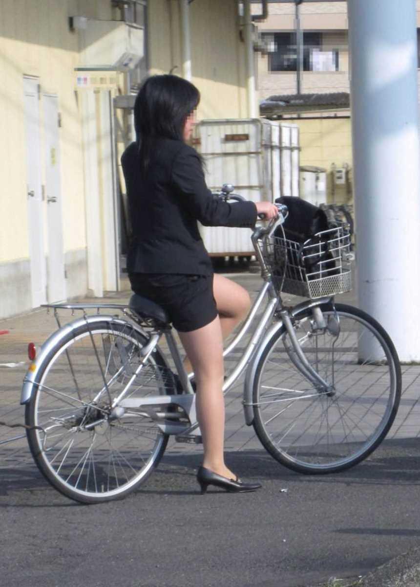 自転車OL画像 4