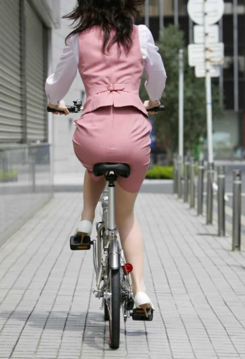 自転車OL画像 54