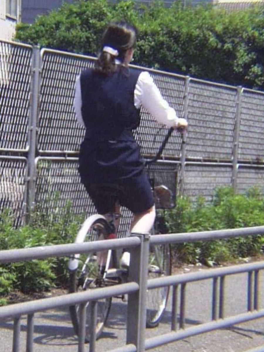 自転車OL画像 74