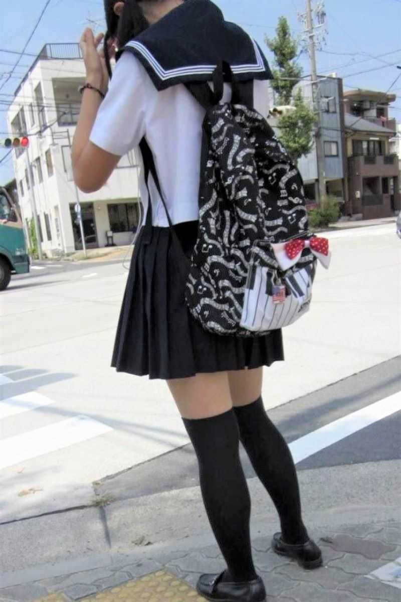 夏服JK 街撮り画像 3