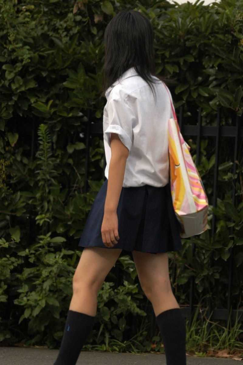 夏服JK 街撮り画像 17