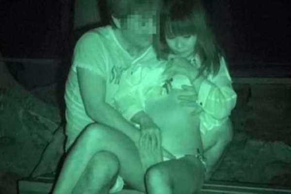 赤外線カメラで深夜の公園を盗撮した結果…(※エロ画像あり)