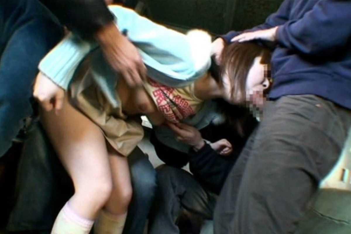強姦 レイプ画像 31