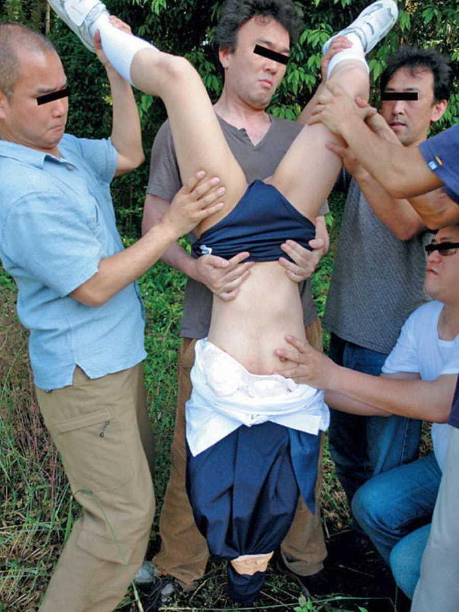 強姦 レイプ画像 60