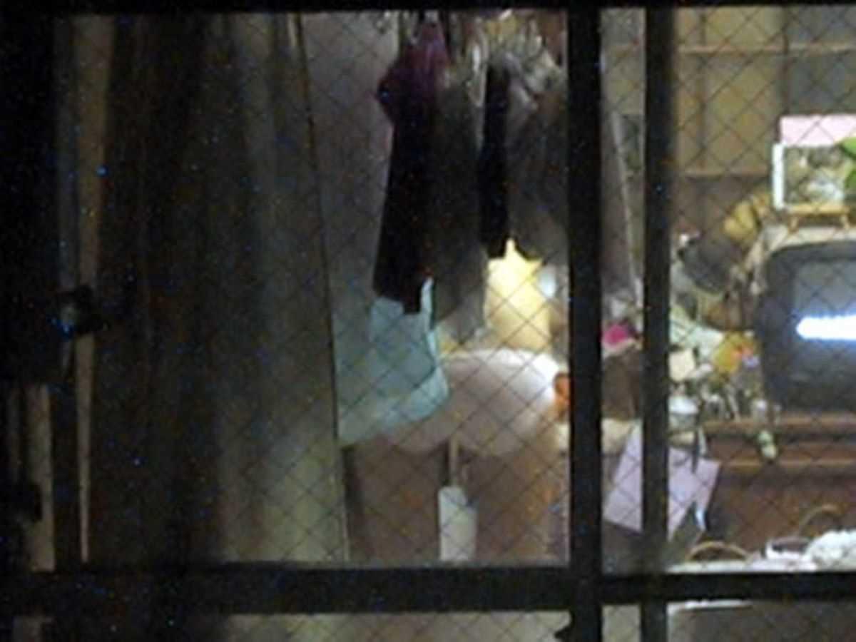 家の着替え盗撮画像 19