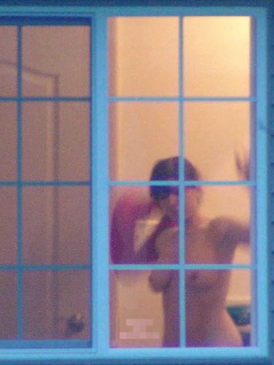 家の着替え盗撮画像 20