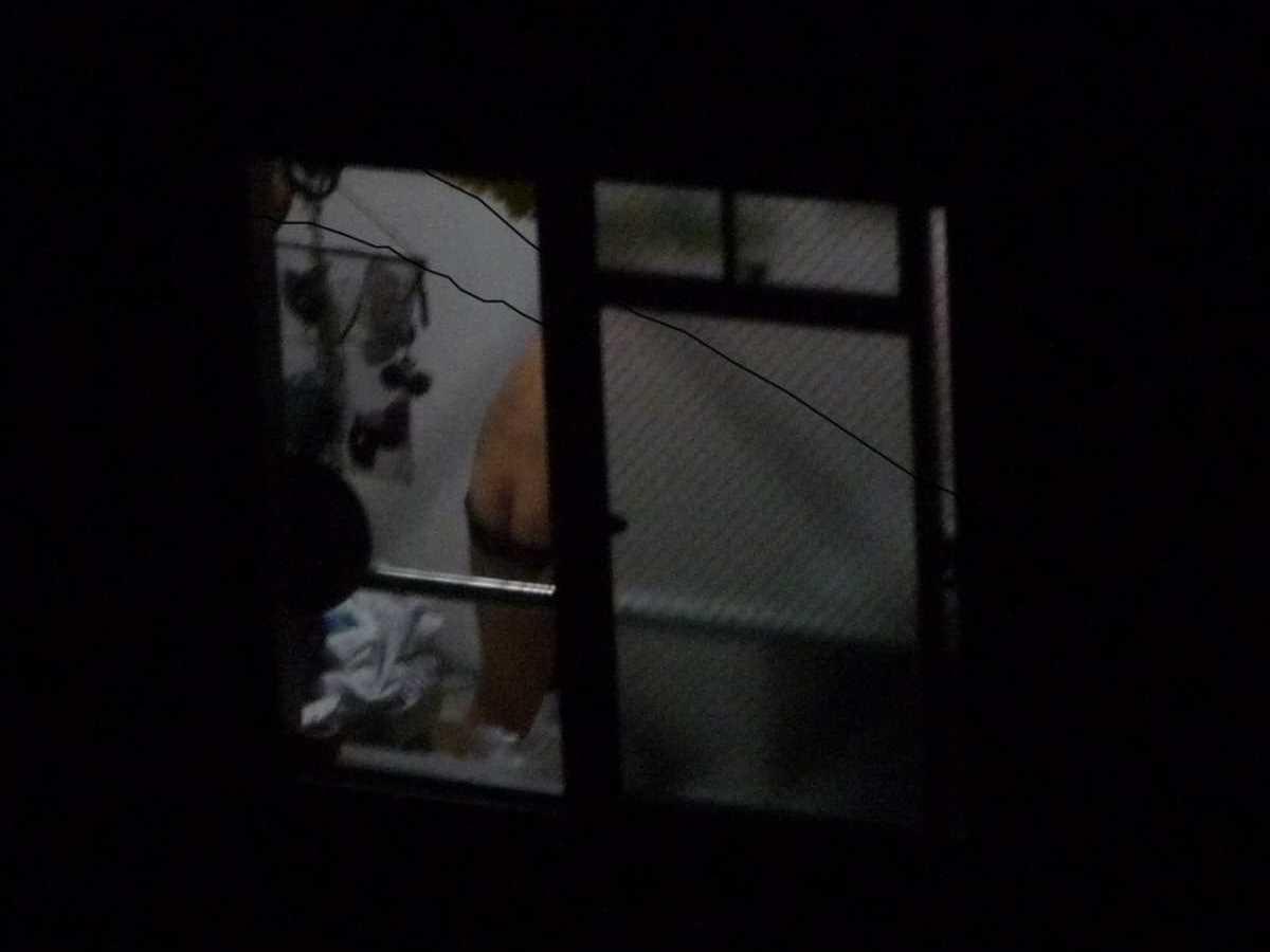家の着替え盗撮画像 65