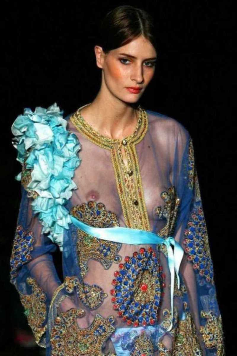 海外 ファッションショー画像 15