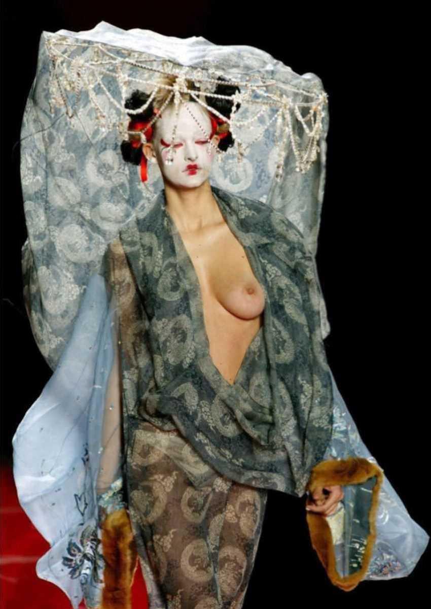 海外 ファッションショー画像 20