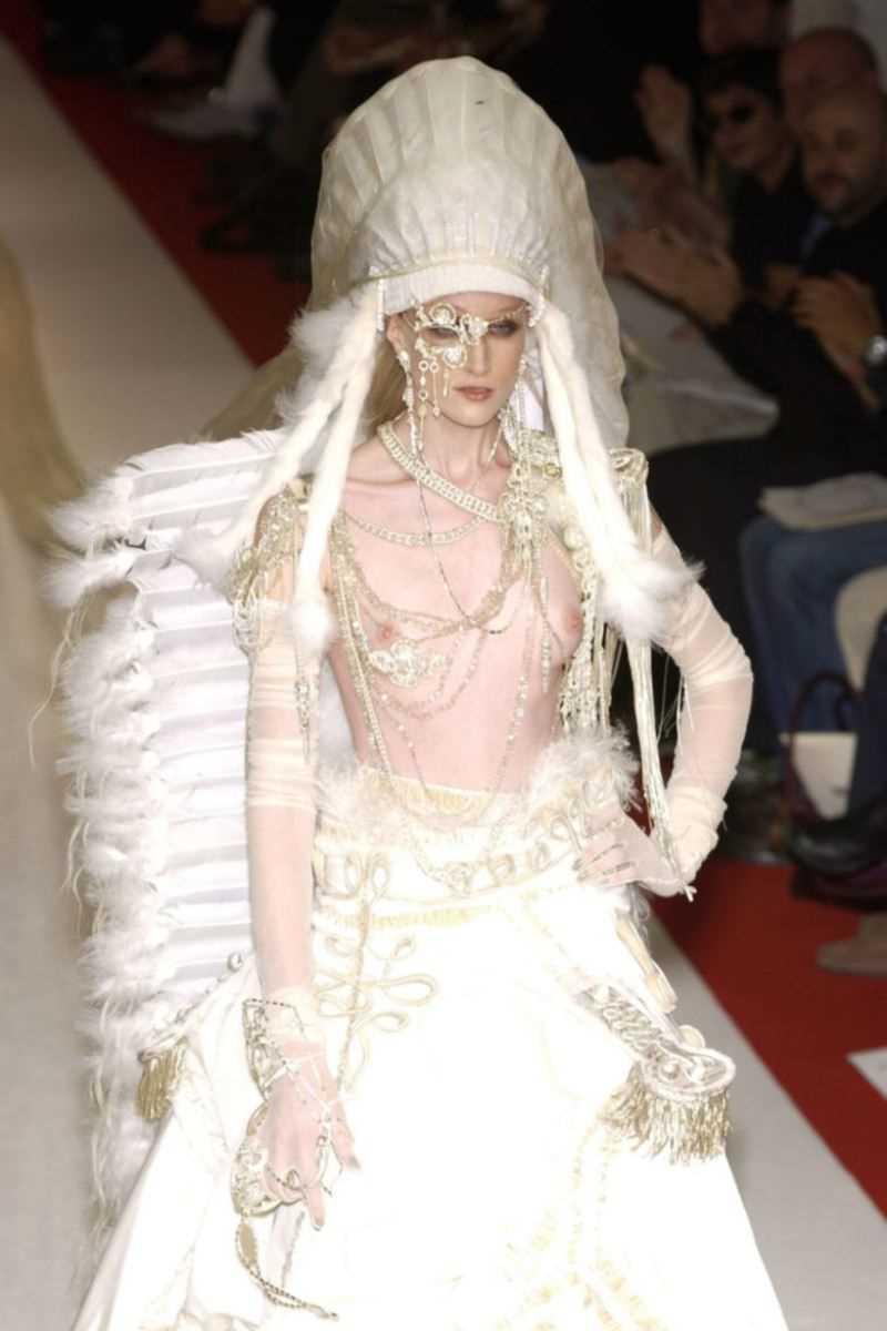 海外 ファッションショー画像 49